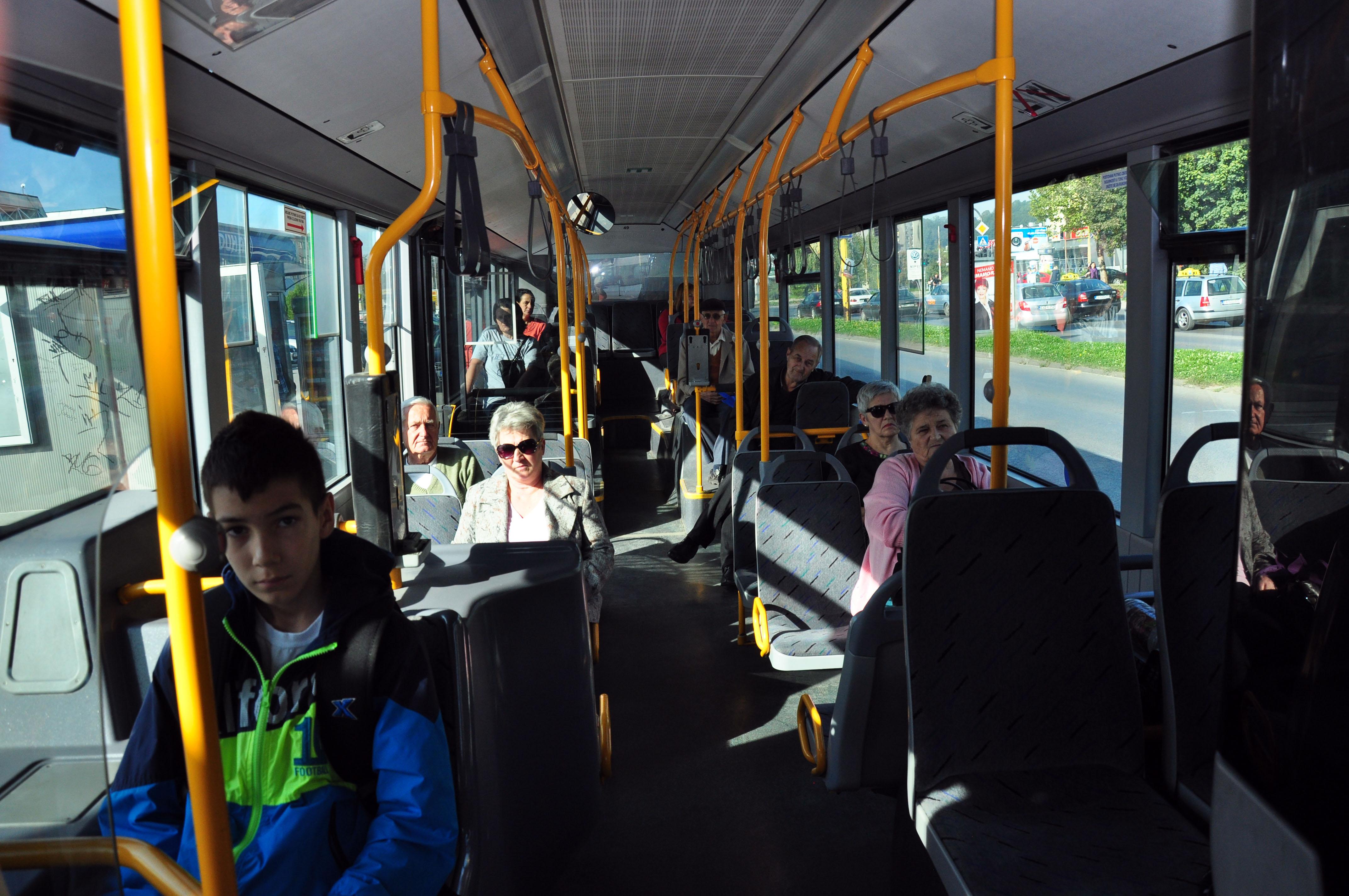 Autobus-0